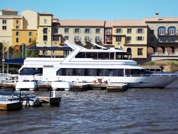 Complete Guide to Shipping a Yacht